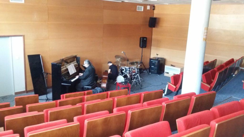 Piero iannetti, concert en médiathèques avec Frédéric Chopin jazz project, Médiathèque de Hyères les palmiers.
